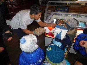 Šéfka s dětmi
