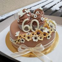cupcakes na dortu