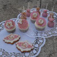 Sweet bar, perníčky, cakepops, cupcakes