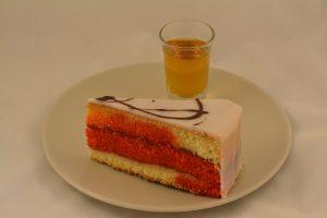 puncovy dort ctvrtka